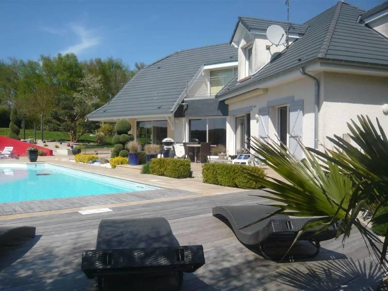 Maison, 250 m² Impla…