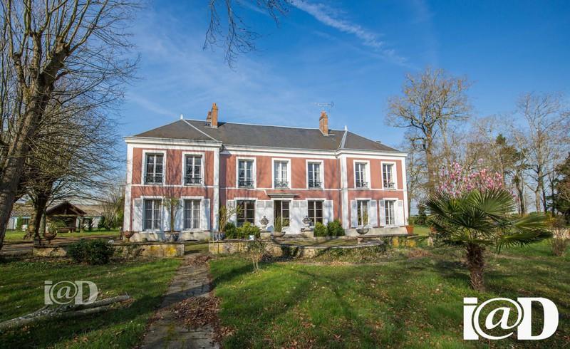 Maison proche montargis piscine immojojo for 8 maison parc crt