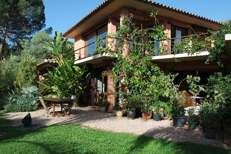 Villa neuve ajaccio immojojo for Villa neuve