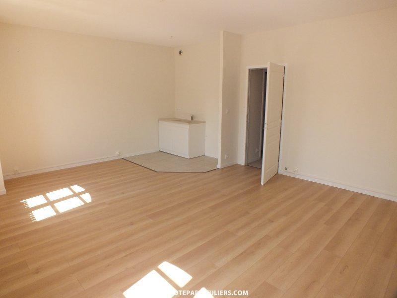 maison montargis renove immojojo. Black Bedroom Furniture Sets. Home Design Ideas