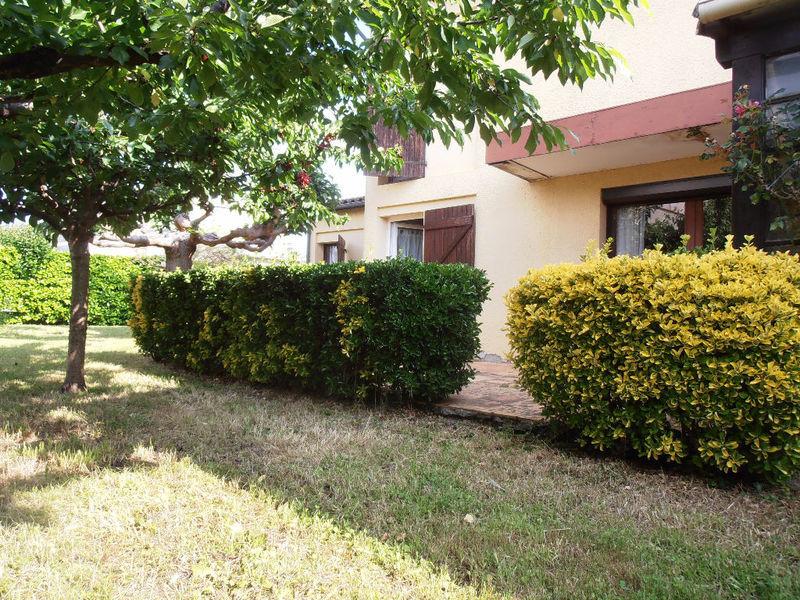 Villa maison jardin castelnaudary immojojo for Jardin 800m2