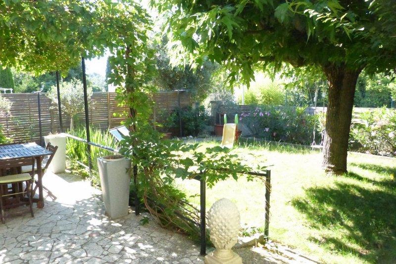 3 chambres nimes garage jardin immojojo - Jardin anglais terrasse nimes ...