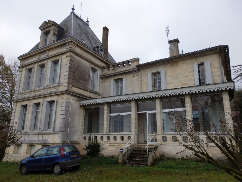 Chateau villegouge immojojo for Maison aquitaine prix