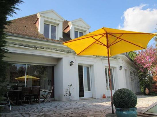 Villa ouest france caen immojojo for Maison france confort caen