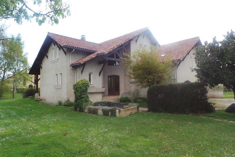 Appartement vic bigorre immojojo for Chambre 13 secte