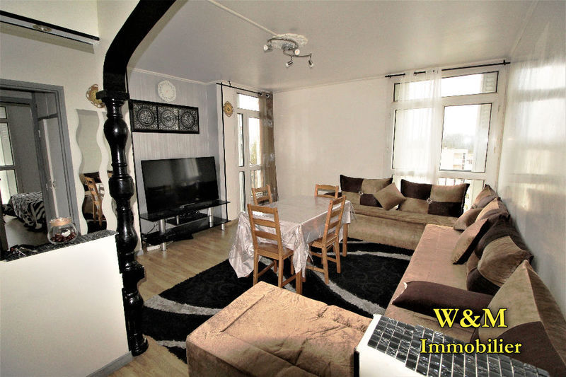 residence ris orangis immojojo. Black Bedroom Furniture Sets. Home Design Ideas