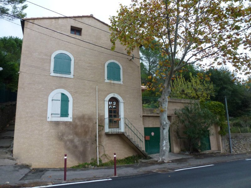 Maison 140000 210000 clermont l 39 h rault 34800 for Garage ford clermont l herault