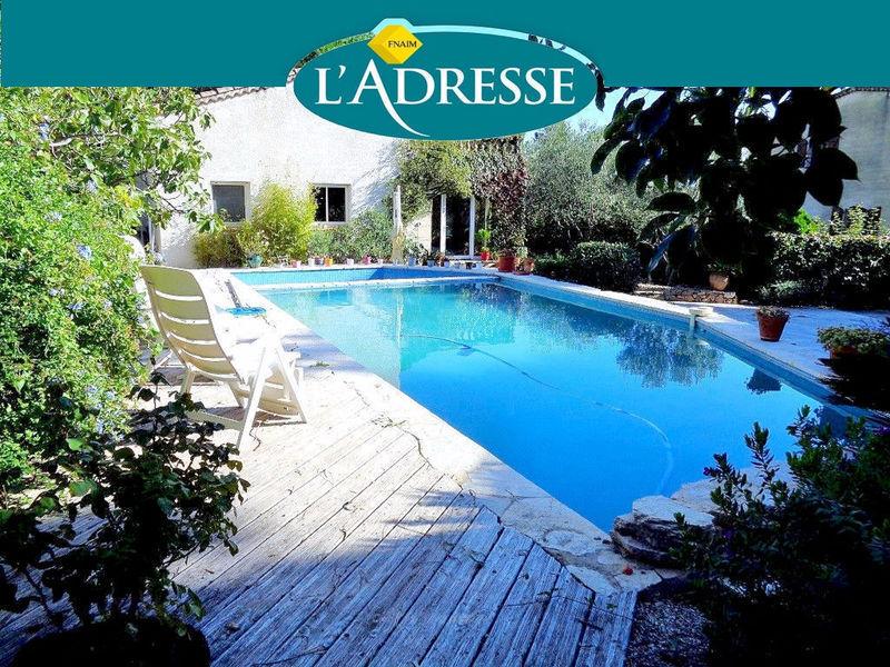 Meubles rangement buanderie piscine immojojo for Piscine commercy