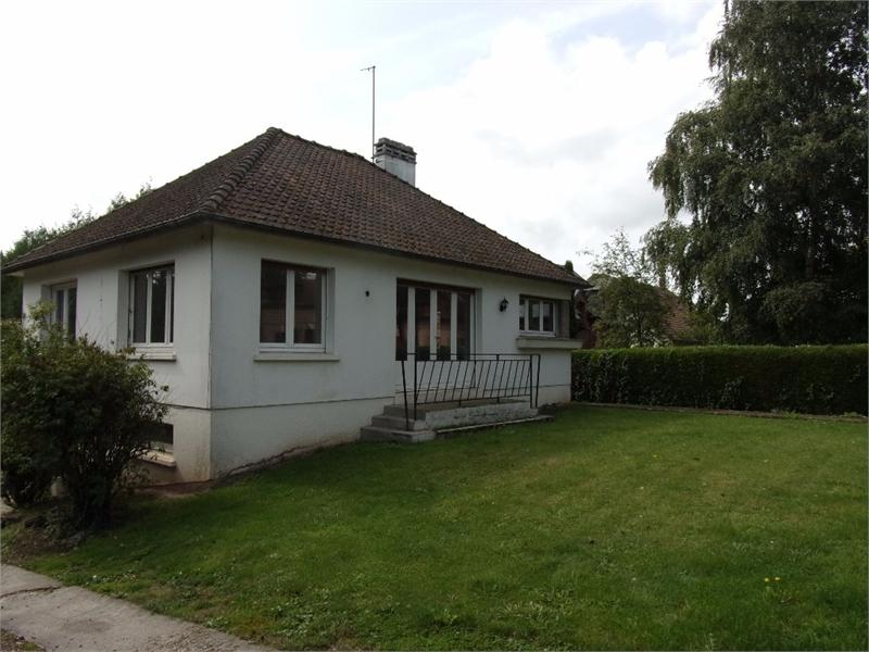 Renover une porte garage bois immojojo for Portent une maison lacustre