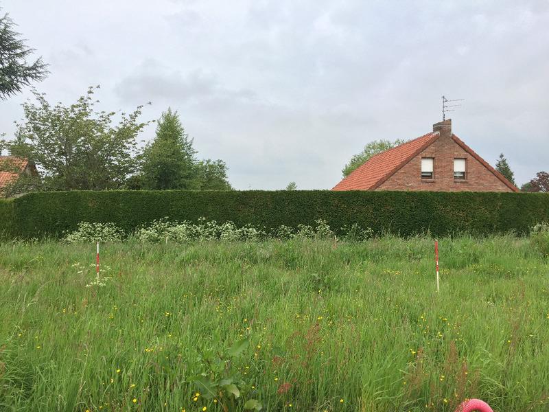 Terrain neuf, 453 m² A deu…