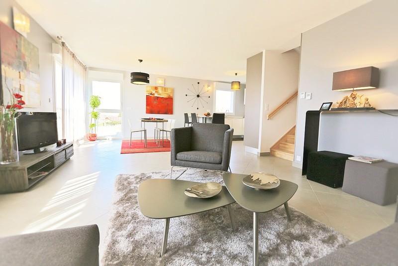 Loft duplex besancon jardin immojojo for Appartement atypique besancon